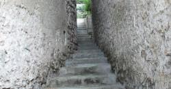 Duingt village escalier